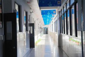 上海帕丁顿双语学校教学走廊