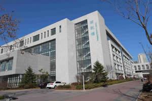 中国石油大学出国留学校园环境南教楼