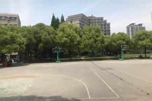 上海财经大学出国留学校园环境篮球场