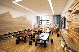 合肥新华公学美术教室
