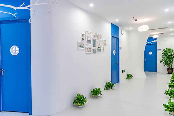 圣亿作文学校校区走廊