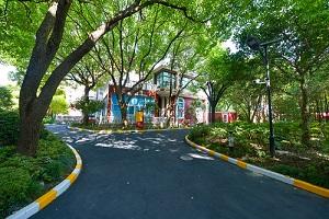 上海燎原双语学校校园