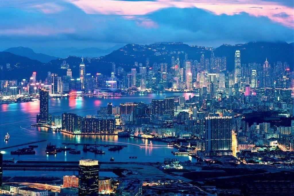 香港留�W��C需要提交哪些申�材料?