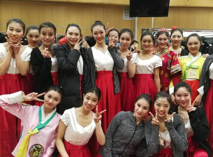 济南大学舞蹈系学生亮相2018年春晚