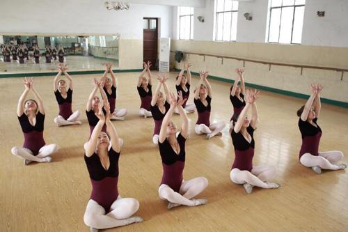 舞蹈表演专业.jpg