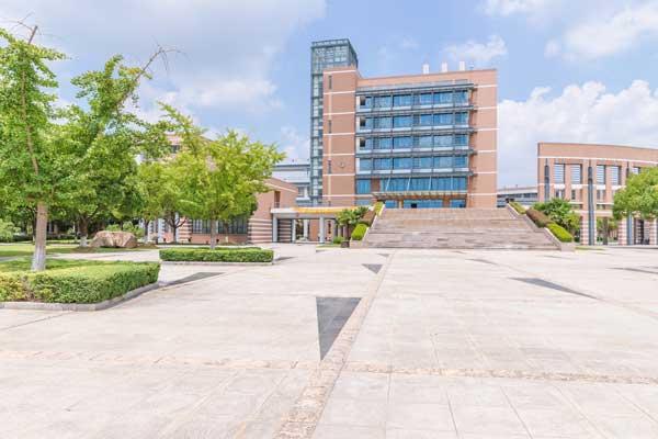 沈阳城市学院智能科学与技术专业