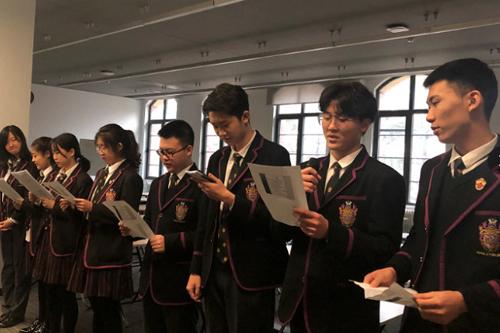 黑利伯瑞国际学校【升旗仪式】大家齐唱国歌