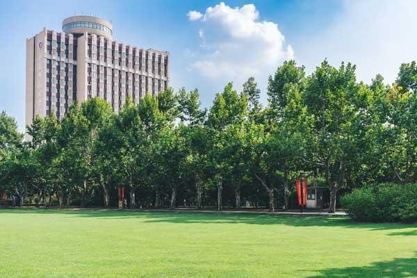 哈尔滨工程大学(青岛)职业教育是本科吗?与统招本科区别