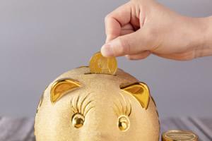哪种留学途径更省钱?