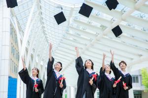 2019中国人民大学在职研究生现在有几种方式可报?