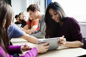 去英国留学需要报名3+2留学项目吗?