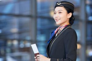 燕京理工学院航空服务专业学费是多少?